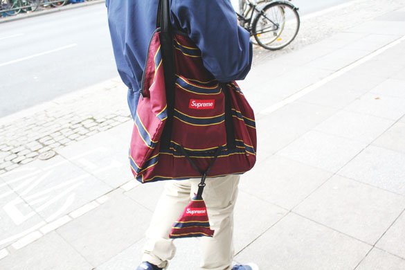 Supreme bag in blue and burgundy stripes