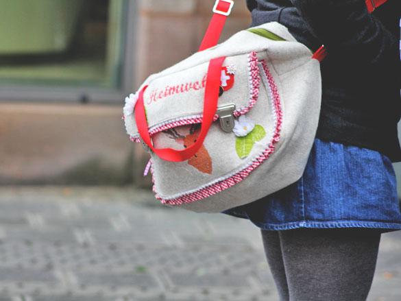 Mrs heimweh filz handtasche