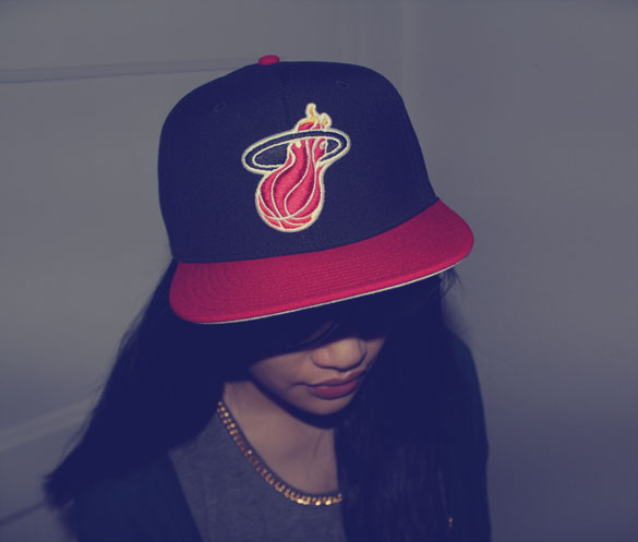 snapback mitchell and ness miami heat rayban shades closeup