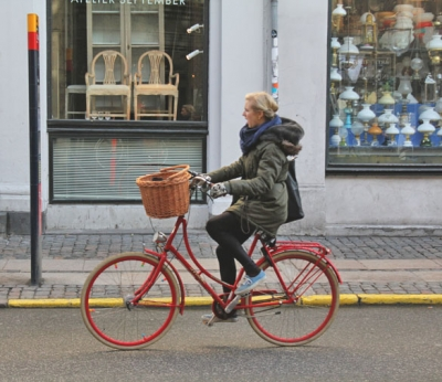 Photo red holland bicycle