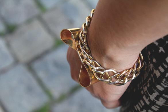 gold bowtie bracelet chain