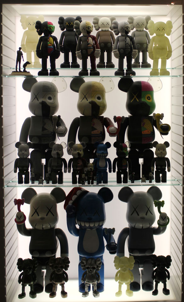 kaws bearbrick art & toys exhibition berlin