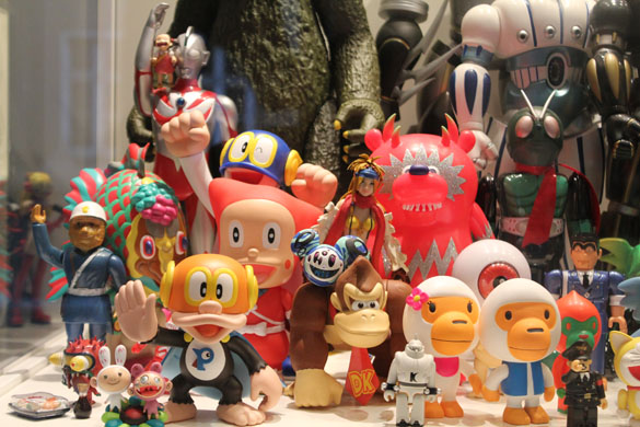 selim varol art & toys exhibition in berlin 5