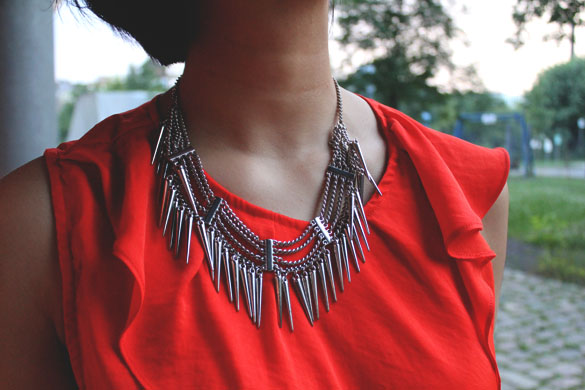 spikes chain necklace